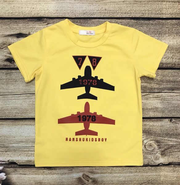 áo thun bé trai màu vàng